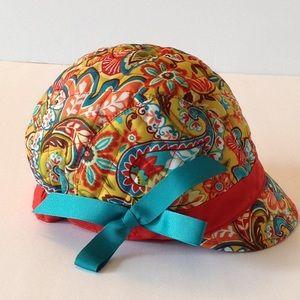 🌹Vera Bradley - News Girl Retired Provincial Hat
